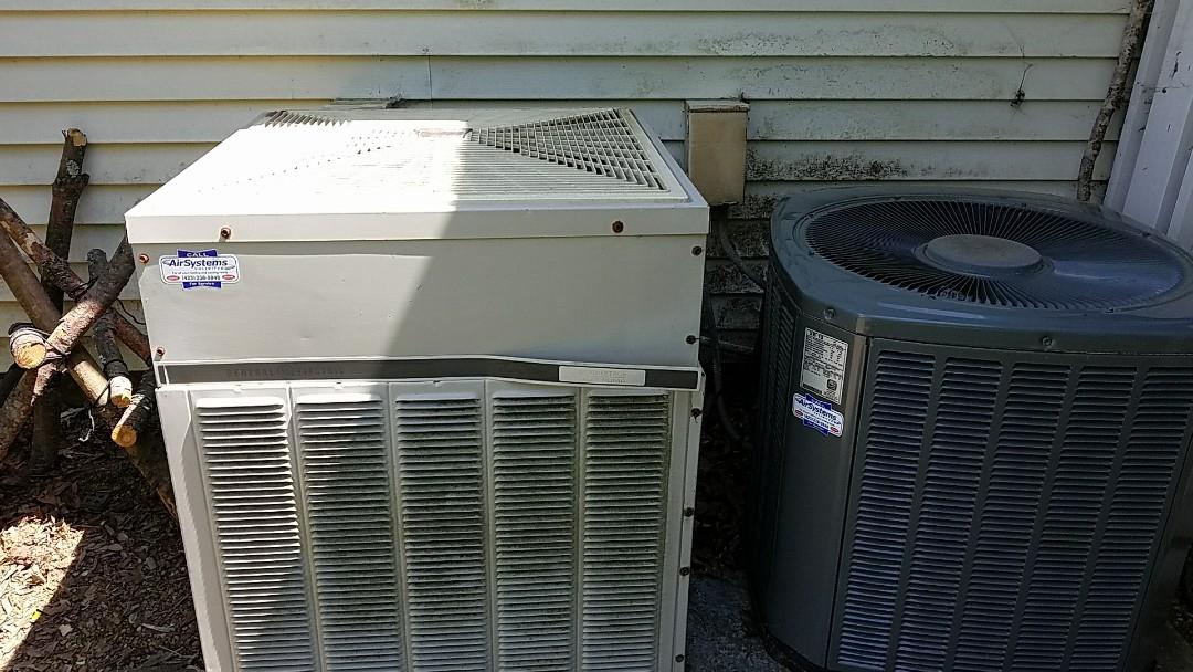 McDonald, TN - Service call. Performed repair on Trane (General Electric) heat pump
