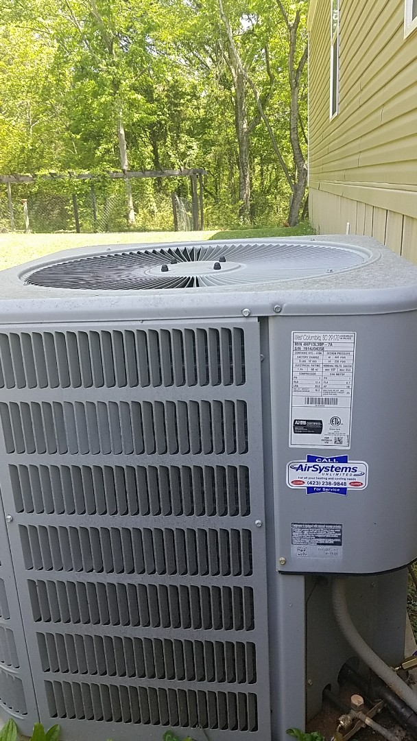 Soddy-Daisy, TN - Service call. Performed repair on Ducane heat pump