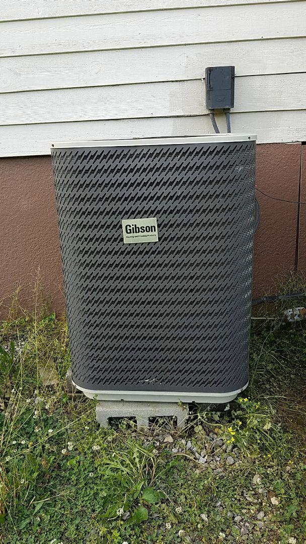 McDonald, TN - Service call. Performed repair on Gibson heat pump