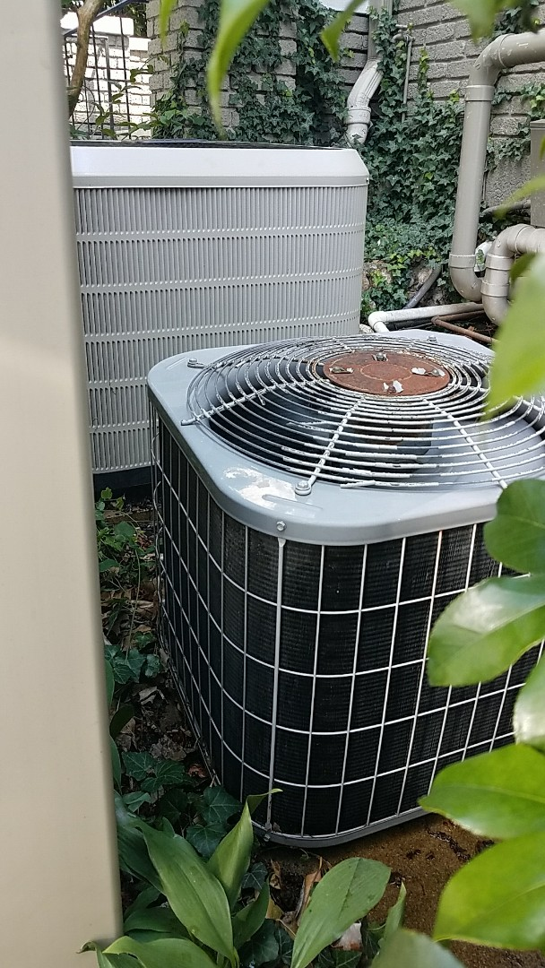 Chattanooga, TN - Preventive maintenance. Performed maintenance on carrier and Frigidaire heating and air systems.