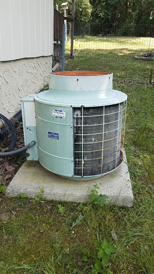 Soddy-Daisy, TN - Service call. Performed repair on Coleman heating and air system.
