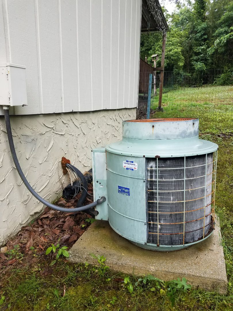 Soddy-Daisy, TN - Preventive maintenance. Performed maintenance on Coleman heating and air system.