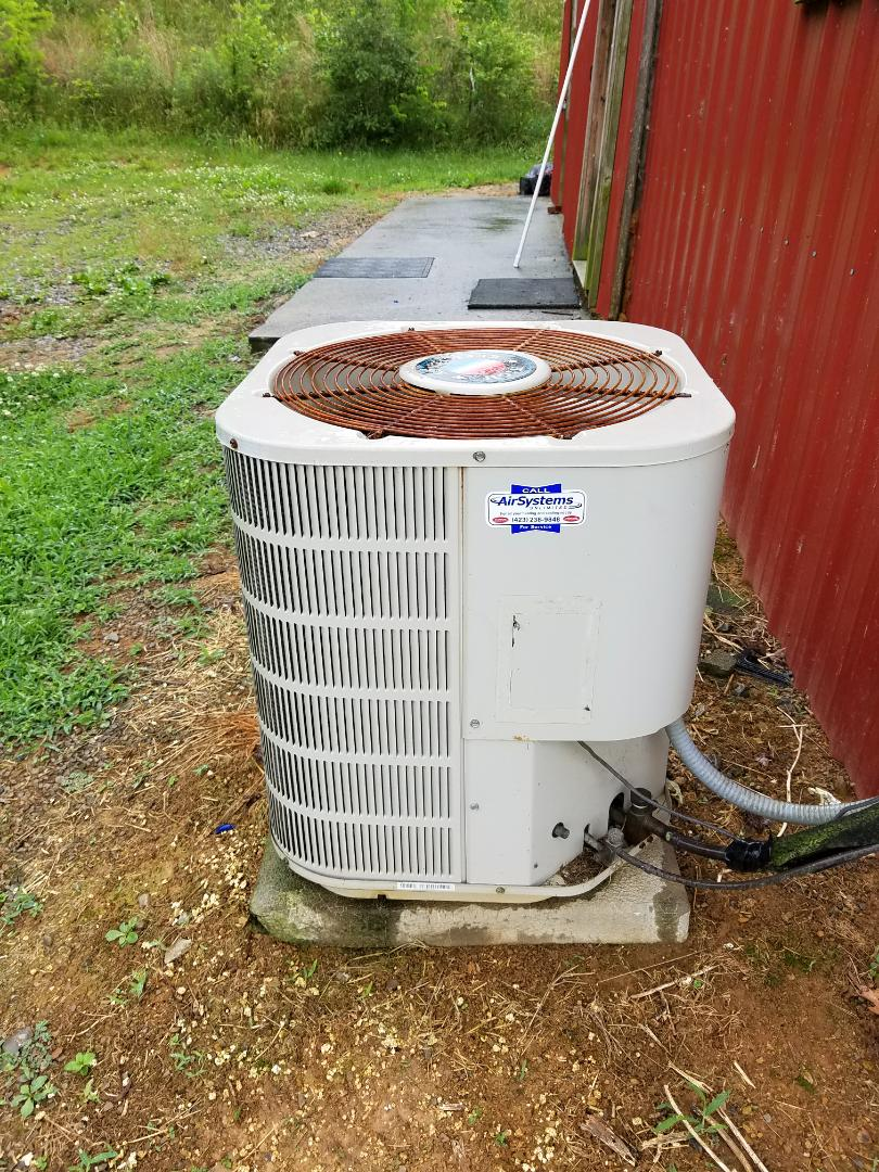 Cleveland, TN - Service call. Performed repair on Frigidaire heat pump