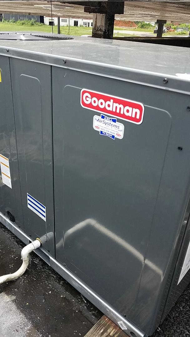 Chattanooga, TN - Installation call. Performed install of Goodman Heat Pump