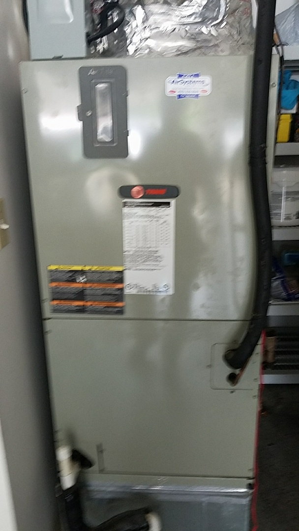 Cleveland, TN - Maintenance Call. Performed tune up on Trane Heat Pump