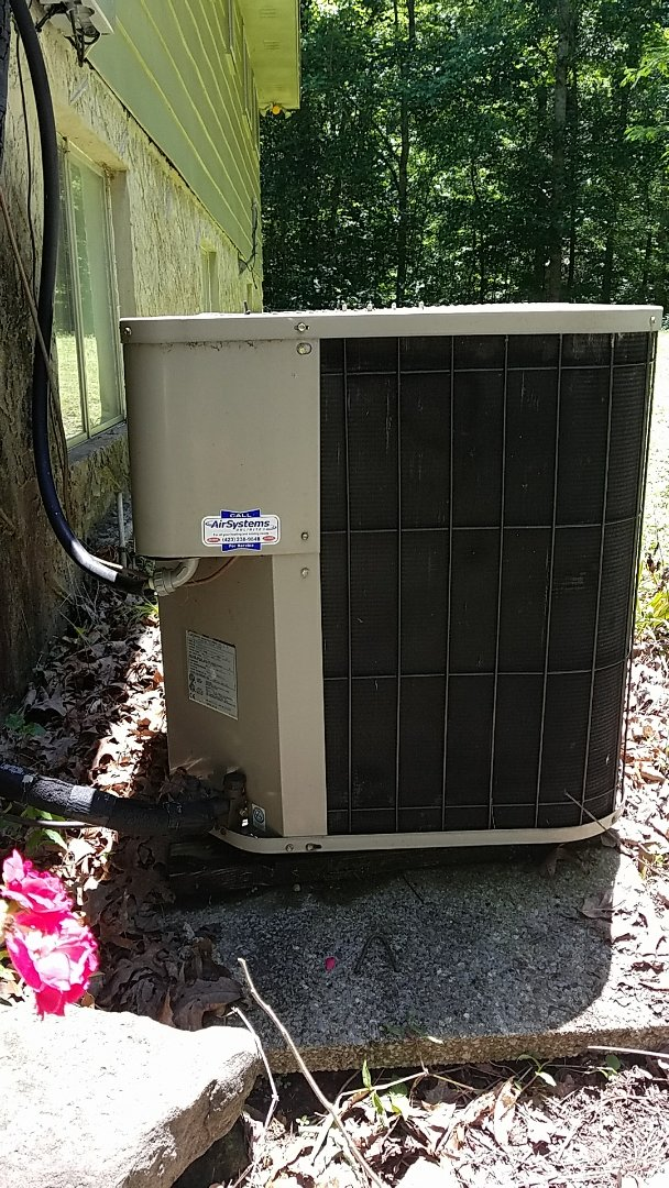 Collegedale, TN - Service call. Performed repair on Goodman AC