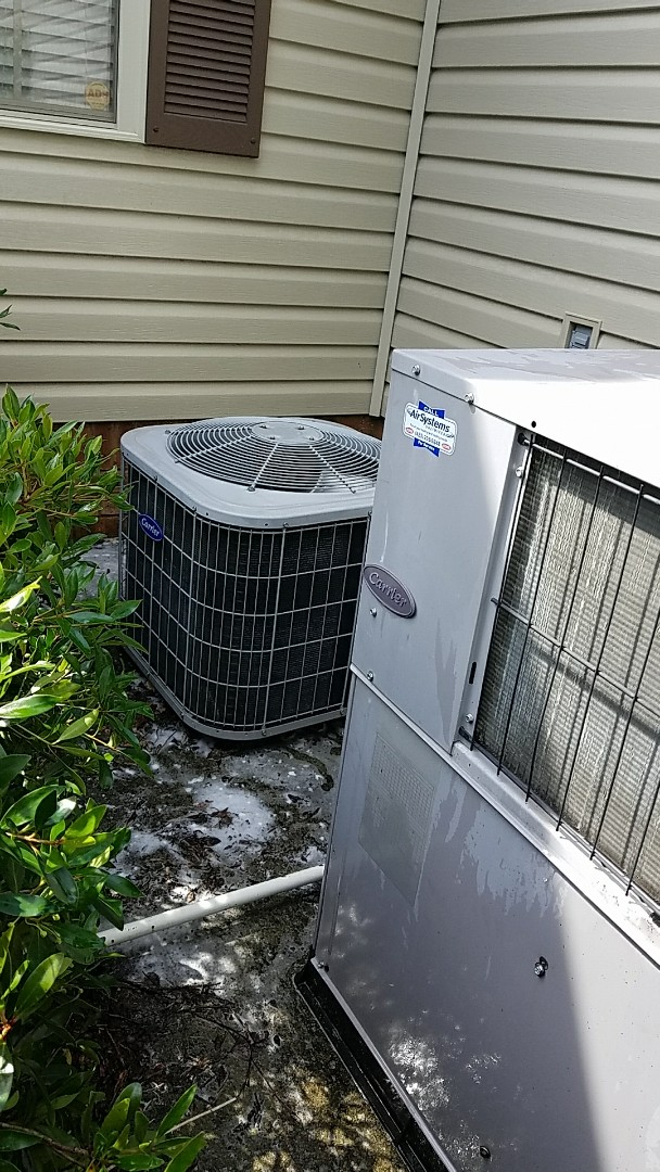 Chattanooga, TN - Maintenance Call. Performed spring maintenance on two Carrier AC