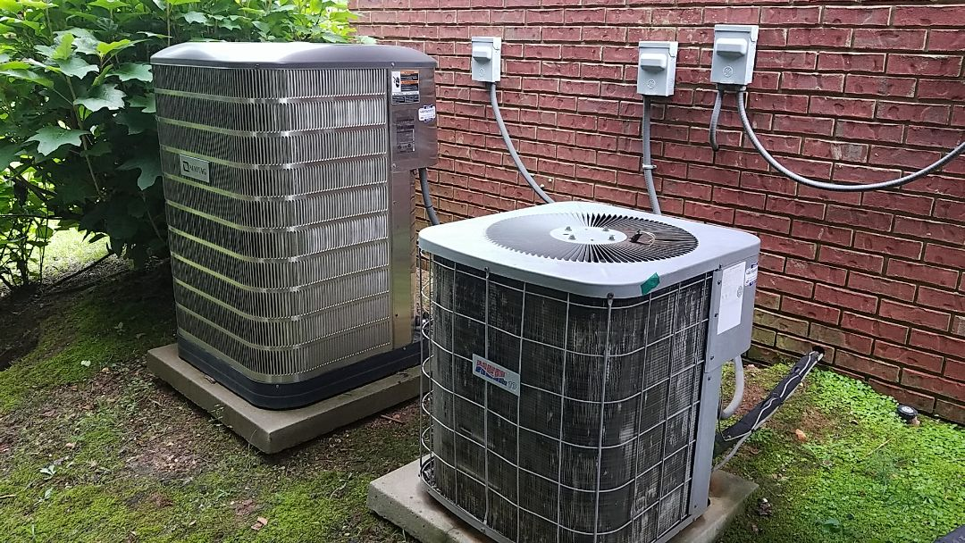 Chattanooga, TN - Service call. Performed repair on Maytag AC and Heil AC