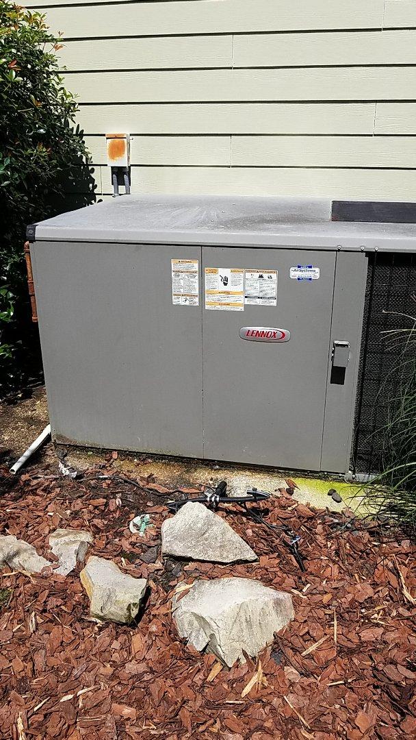 Ooltewah, TN - Service call. Performed repair on Lennox AC