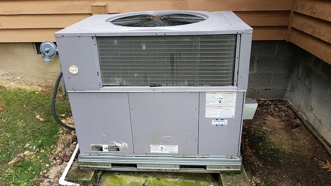Chattanooga, TN - Service call. Performed repair on Payne AC