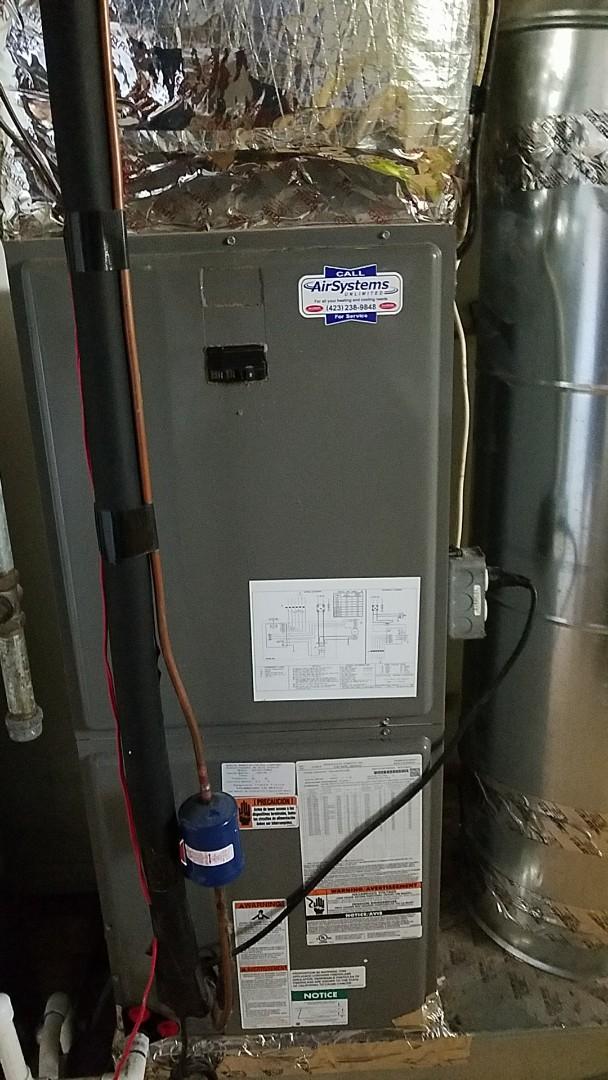 Chattanooga, TN - Service call. Performed repair on Rheem heat pump