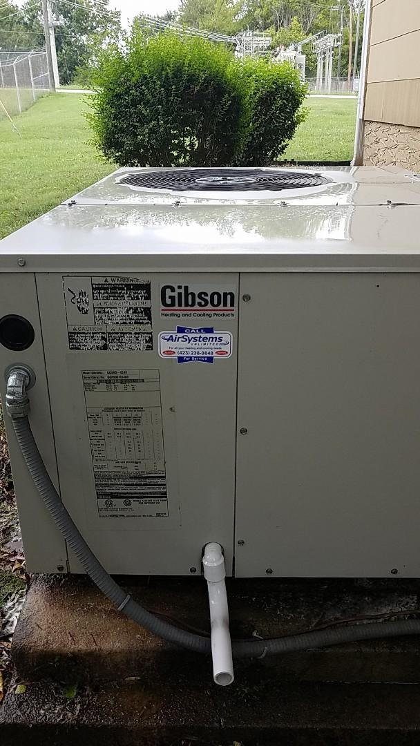 Chattanooga, TN - Maintenance call. Performed maintenance on Gibson heat pump
