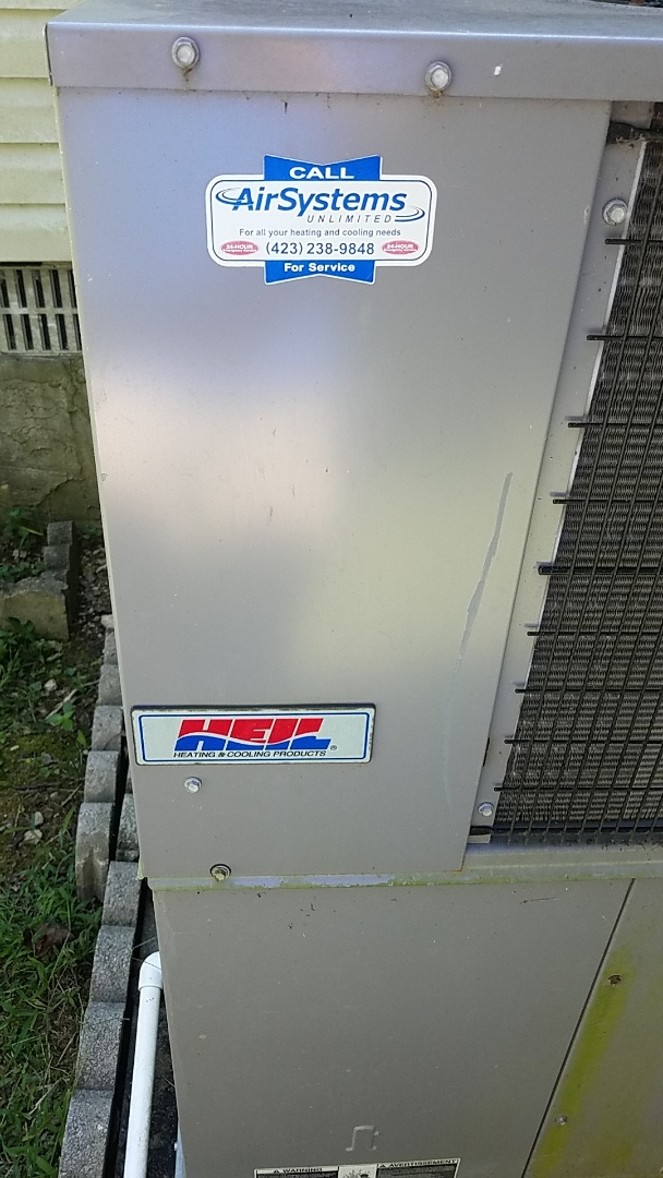 Soddy-Daisy, TN - Service call. Performed maintenance on Heil Heat Pump package unit.