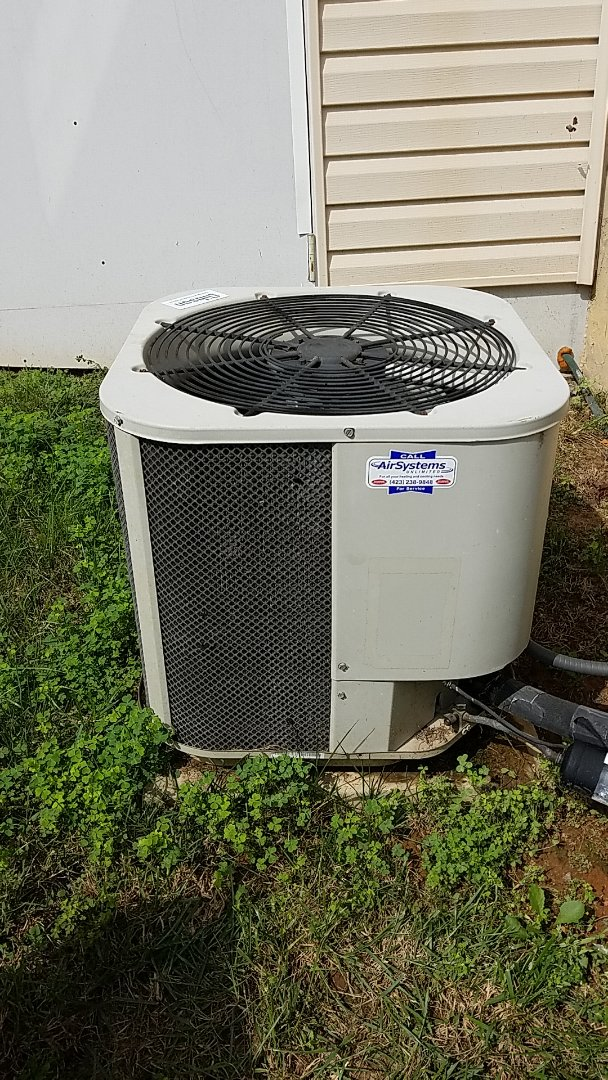Ooltewah, TN - Service call. Performed repair on Gibson AC