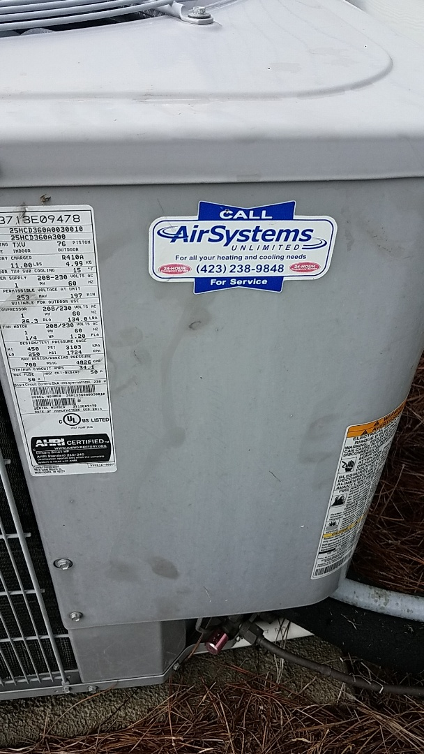 Chattanooga, TN - Service call. Performed maintenance on Carrier Heat Pump system.