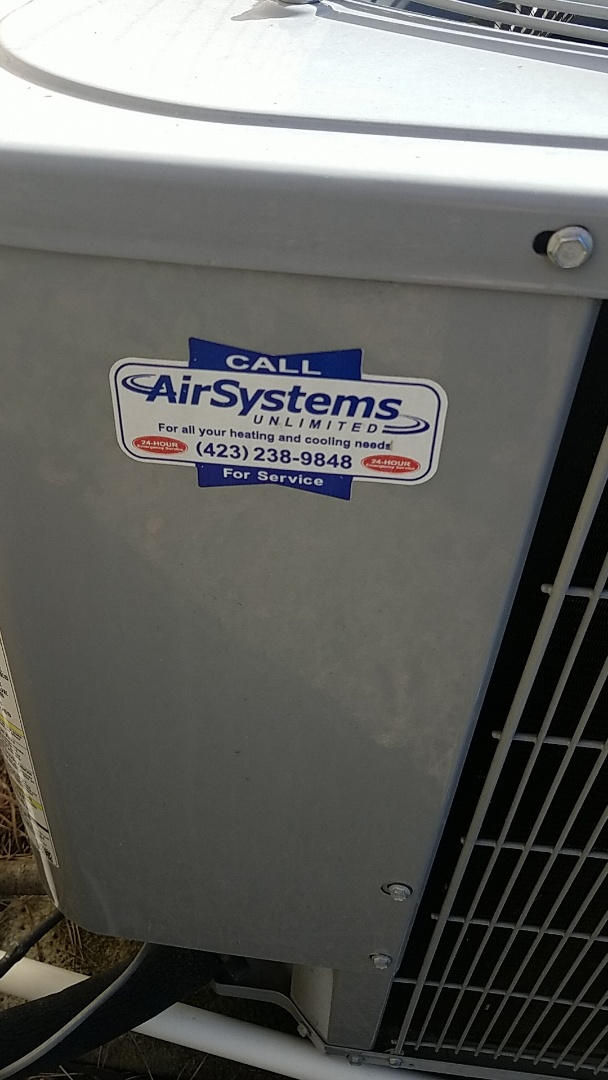Signal Mountain, TN - Service call. Performed service on Carrier Heat Pump system.