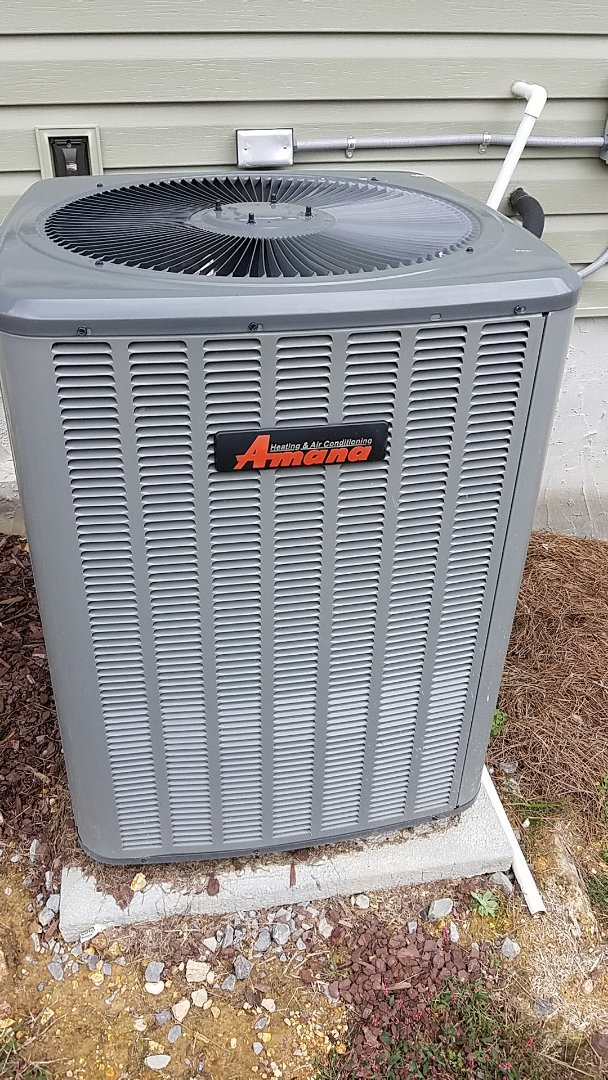 Chattanooga, TN - Service call. Performed repair on Amana heat pump
