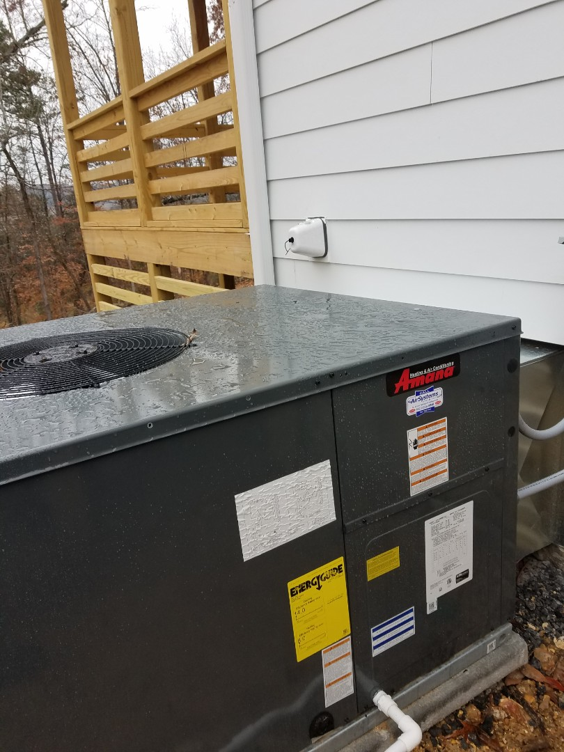 Harrison, TN - Service call. Performed repair on Amana heat pump