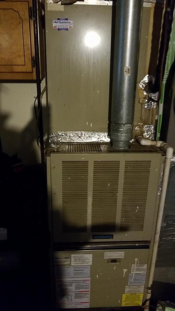 Ooltewah, TN - Service call. Performed repair on  Comfortmaker furnace