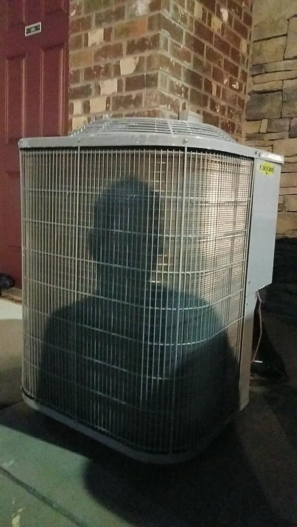 Chattanooga, TN - Service call, repair on Carrier heat pump split system