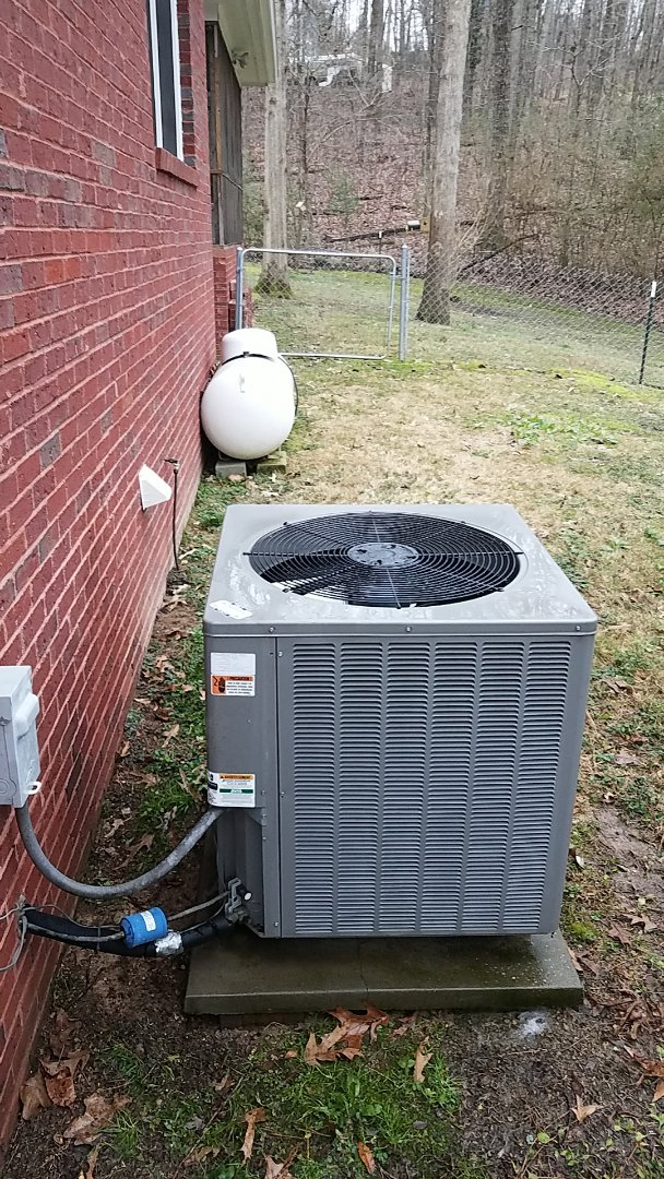 Cleveland, TN - Service call. Performed maintenance on a Rheem Heat Pump system.