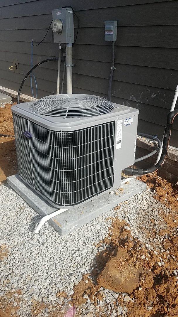 Ooltewah, TN - Service call. Carrier heat pump split system
