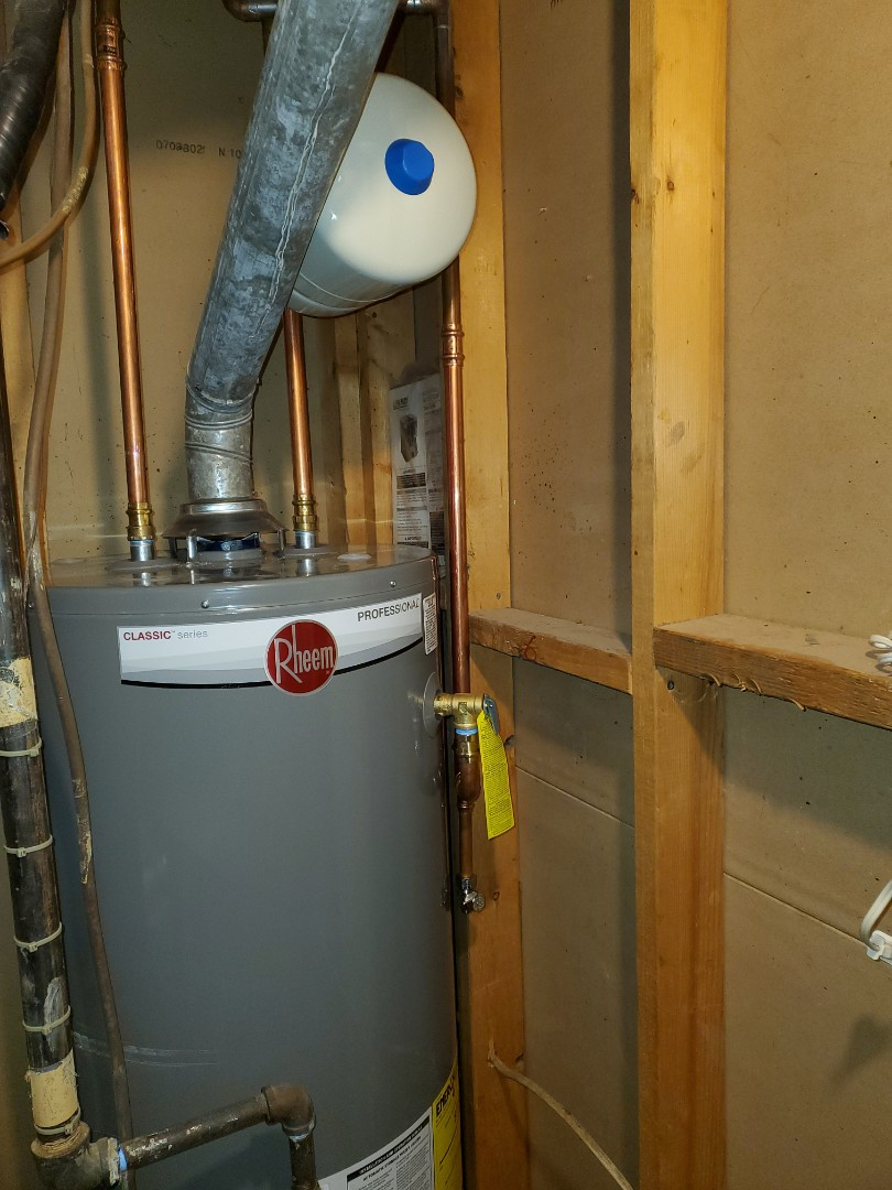 Alpharetta, GA - Install new 50 gallon rheem natural gas water heater with new shut off valve and thermal expansion tank