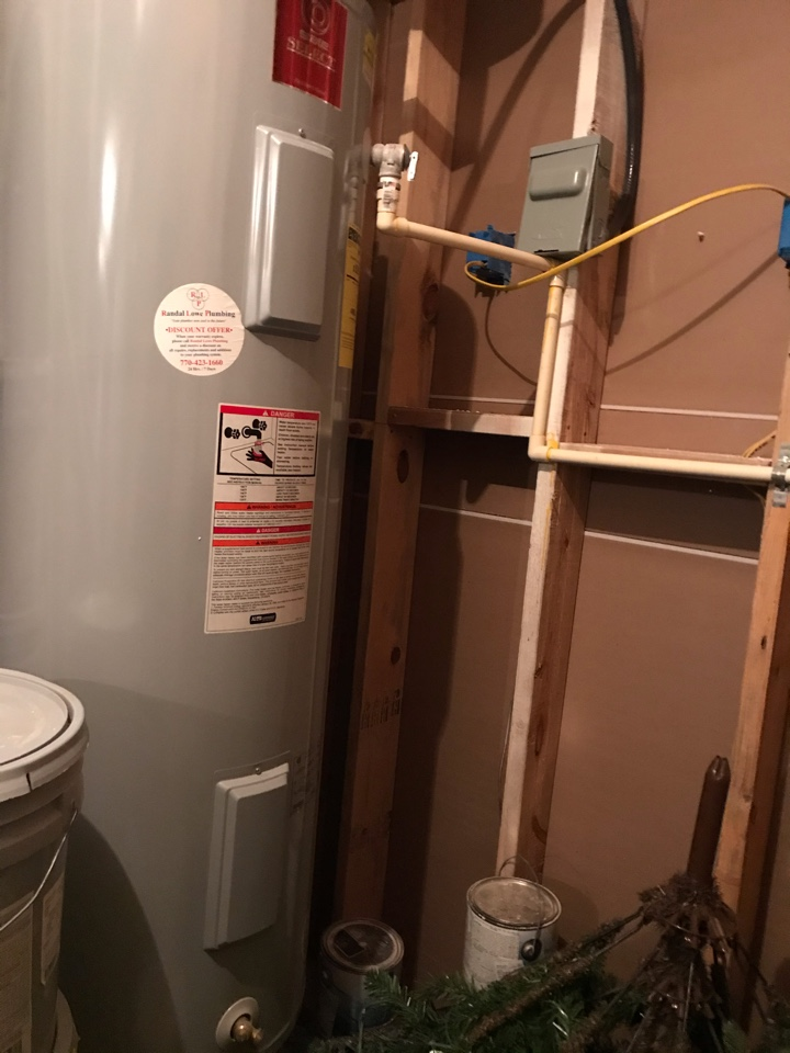 Atlanta, GA - Installed new thermostats and heating elements on state select water heater