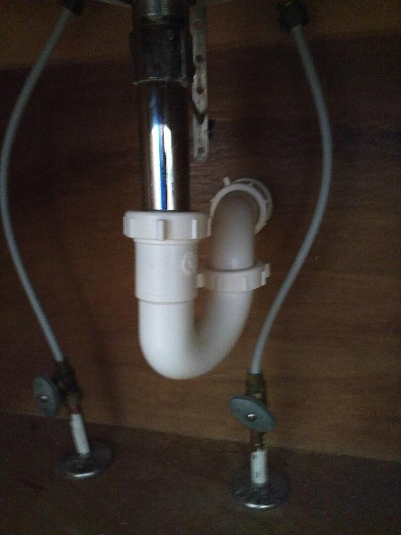 Install new p trap on a bathroom sink