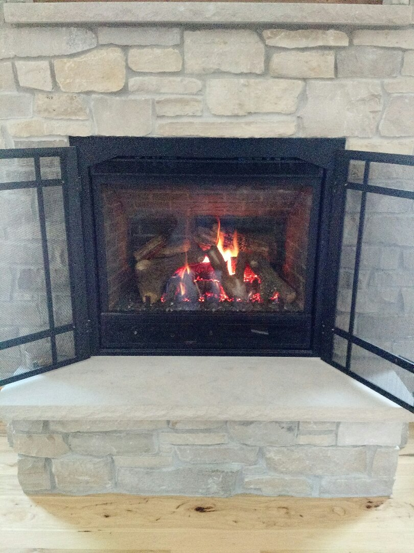 Slinger, WI - Repair Mendota fireplace.