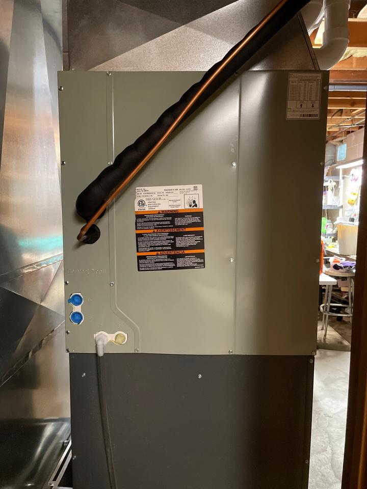 Oconomowoc, WI - American Standard AC install