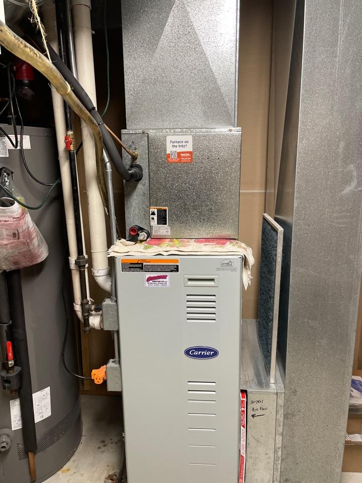 Hartland, WI - Carrier air conditioner repair