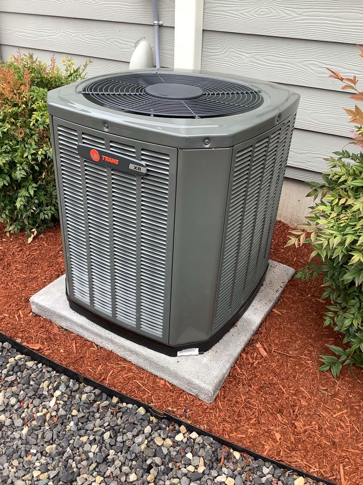 We were so happy to work with a great customer in Vancouver, WA to upgrade an old air conditioner to a new Trane XR13. They are now ready for the summer to beat the heat with a new A/C.
