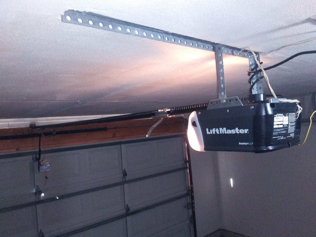 Fort Worth, TX - New garage door motor liftmaster 8165w