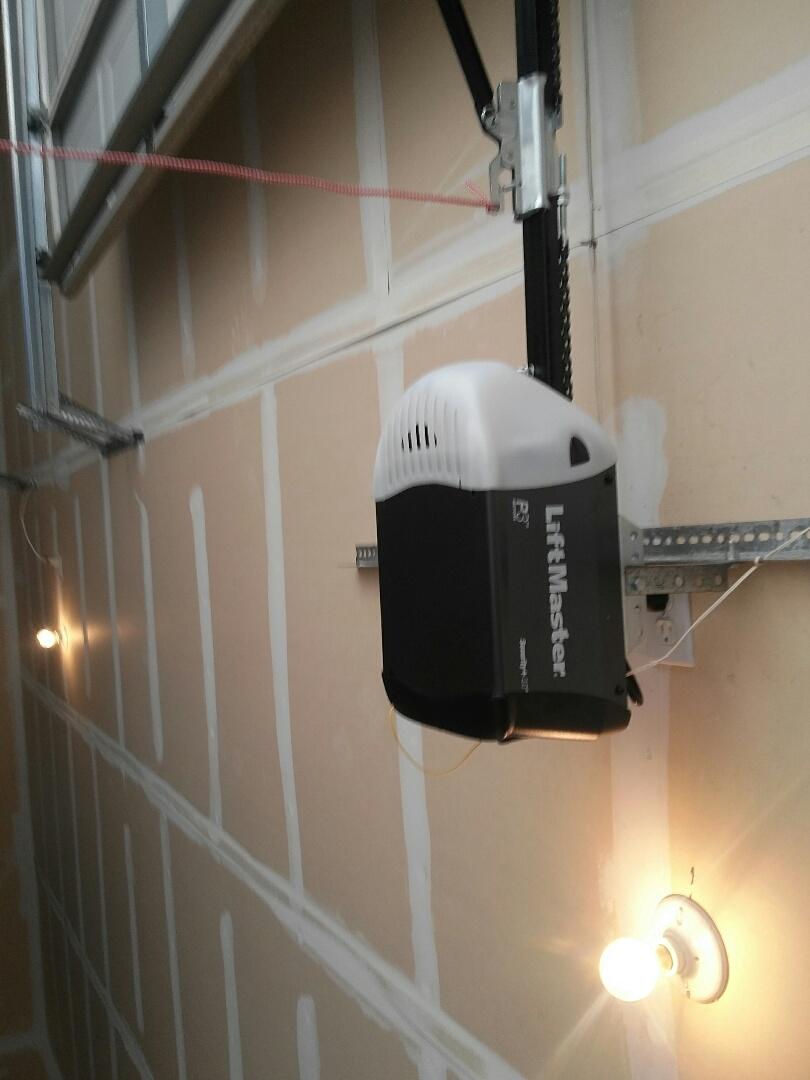 Midlothian, TX - New Lift master garage door opener installation