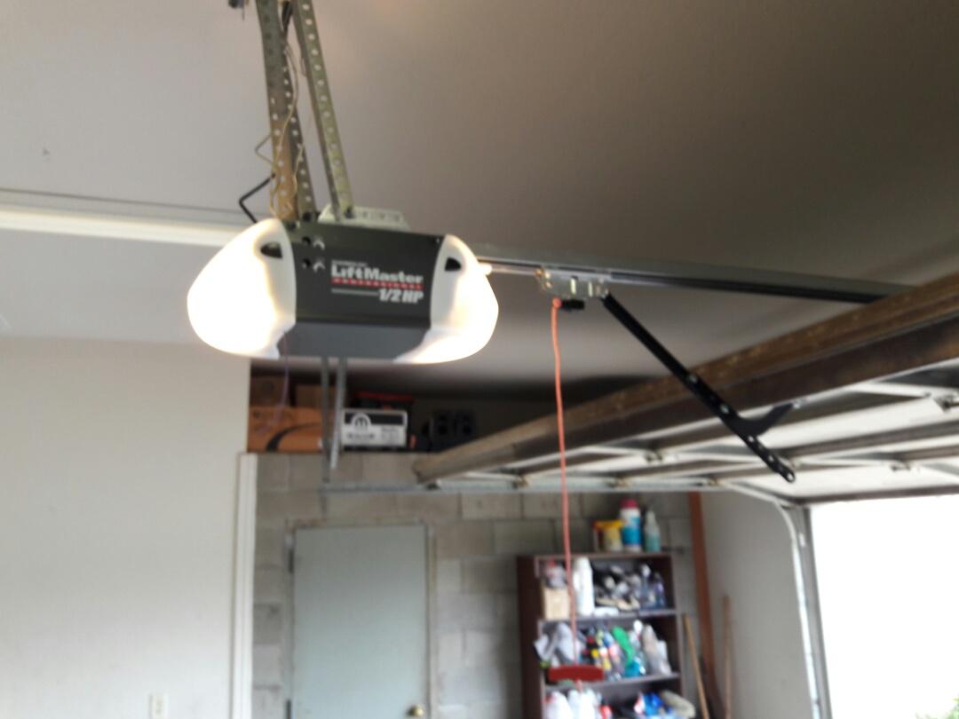 Forney, TX - Garage door opener problem installed 3240 screwdrive opener and door tune up