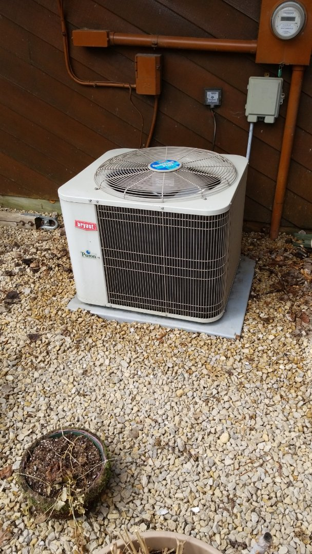 Plymouth, MN - Performing AC tune-up on Bryant air conditioner in Plymouth