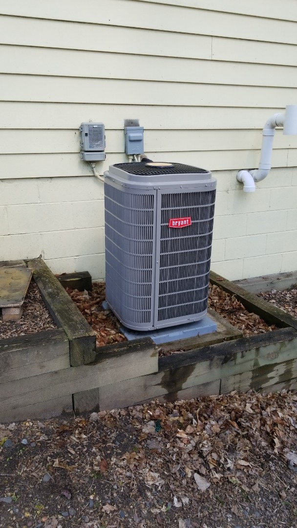 Minnetonka, MN - Performing AC tune-up on Bryant air conditioner in Minnetonka