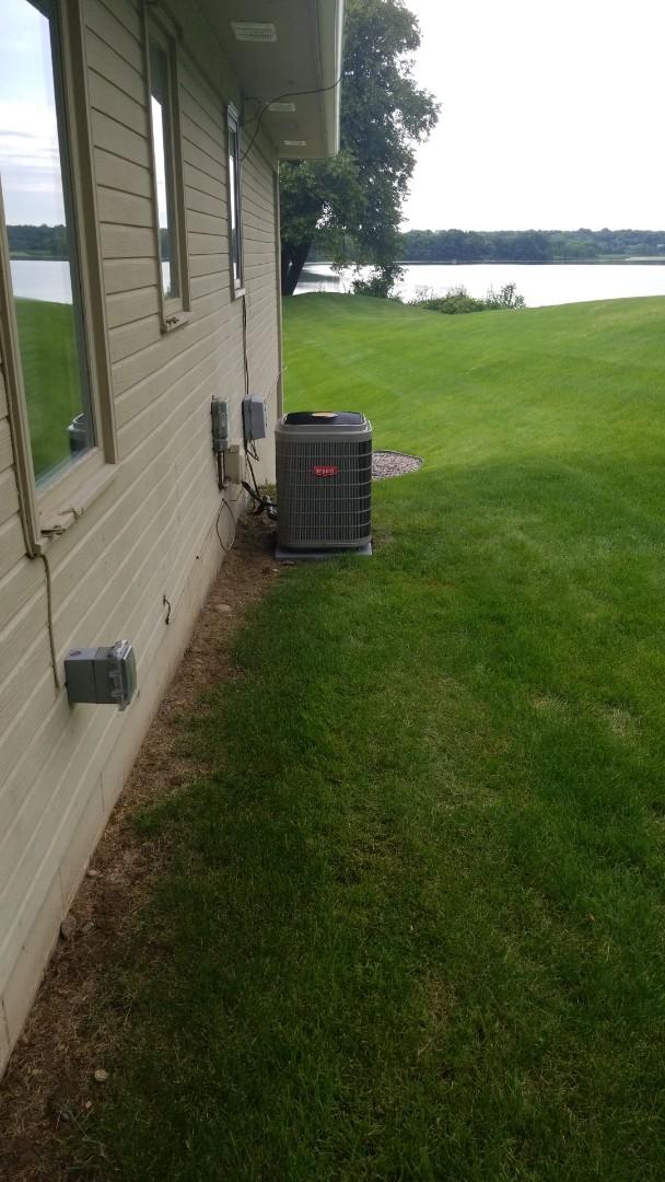 Wayzata, MN - Installing Bryant Evolution AC and furnace in Wayzata Minnesota