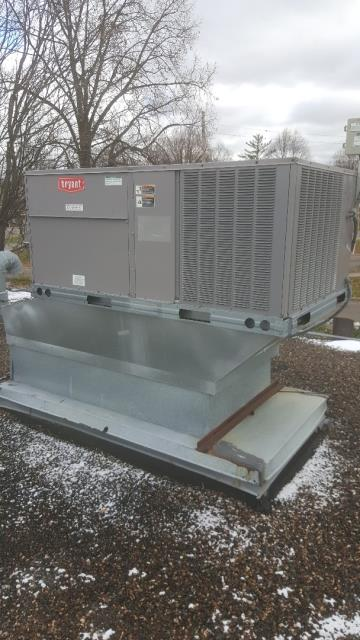 Crystal, MN - Doing filter changes on commercial rooftop unit in Crystal Minnesota
