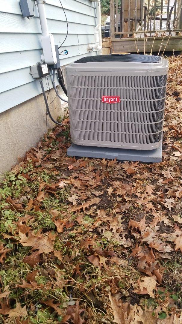 Wayzata, MN - Installing new Bryant AC, furnace and humidifier in Wayzata Minnesota