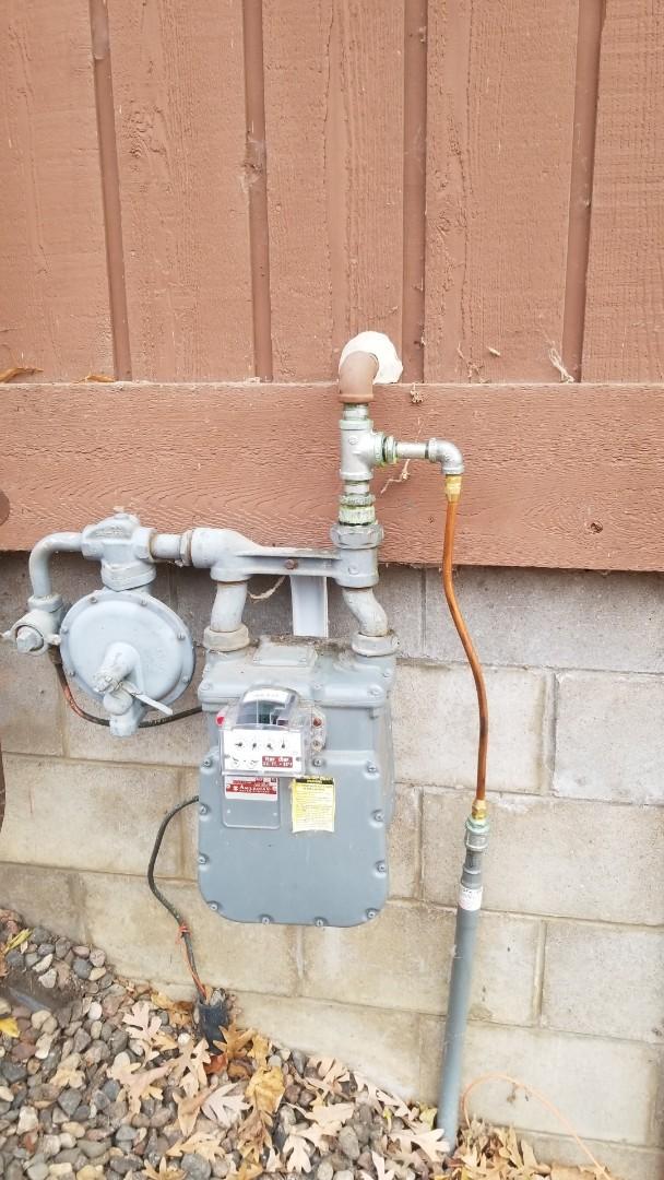 Wayzata, MN - Connecting gas line to meter in Wayzata Minnesota