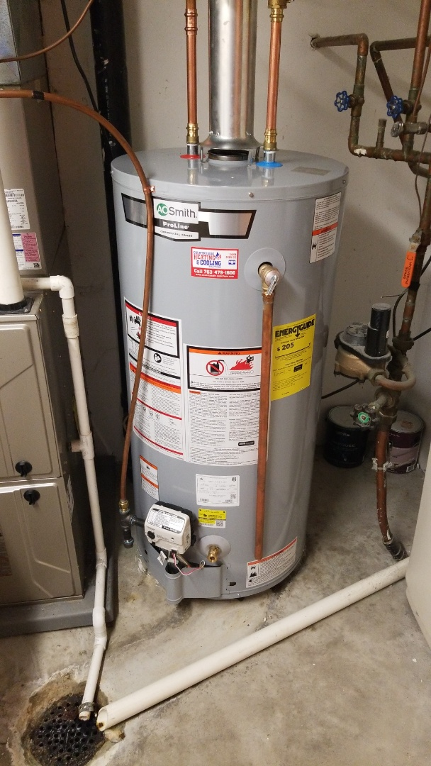 Minnetonka, MN - Installing 40 gallon natural draft water heater in Minnetonka Minnesota