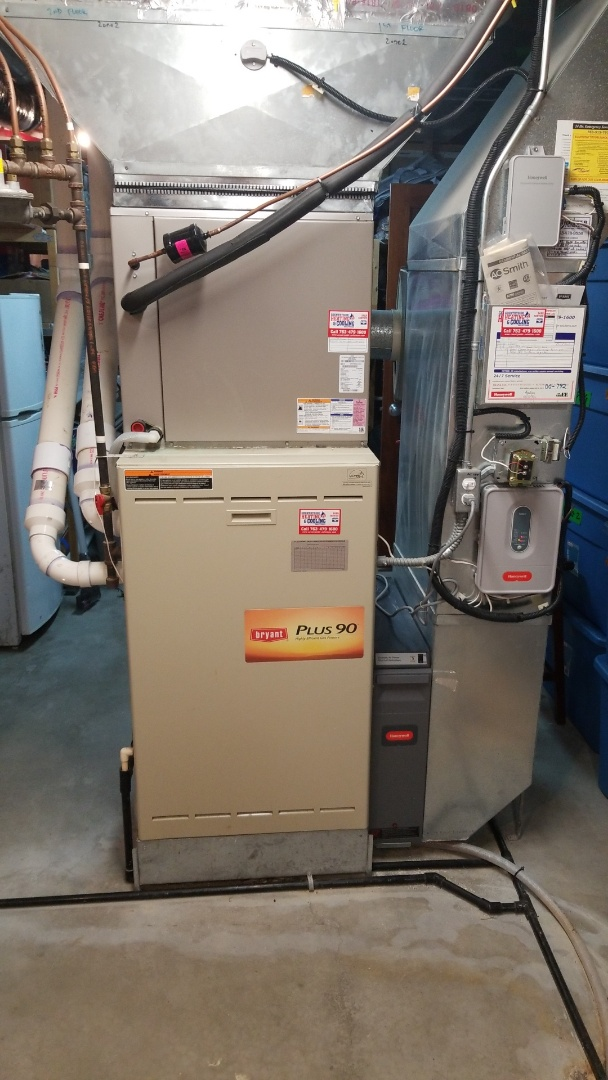 Medina, MN - Performing furnace tune-up on Bryant furnace in Medina Minnesota