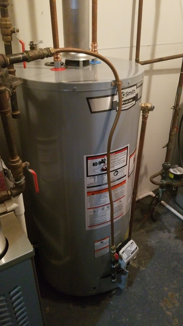 Maple Grove, MN - New 40 gallon natural draft water heater in Maple Grove