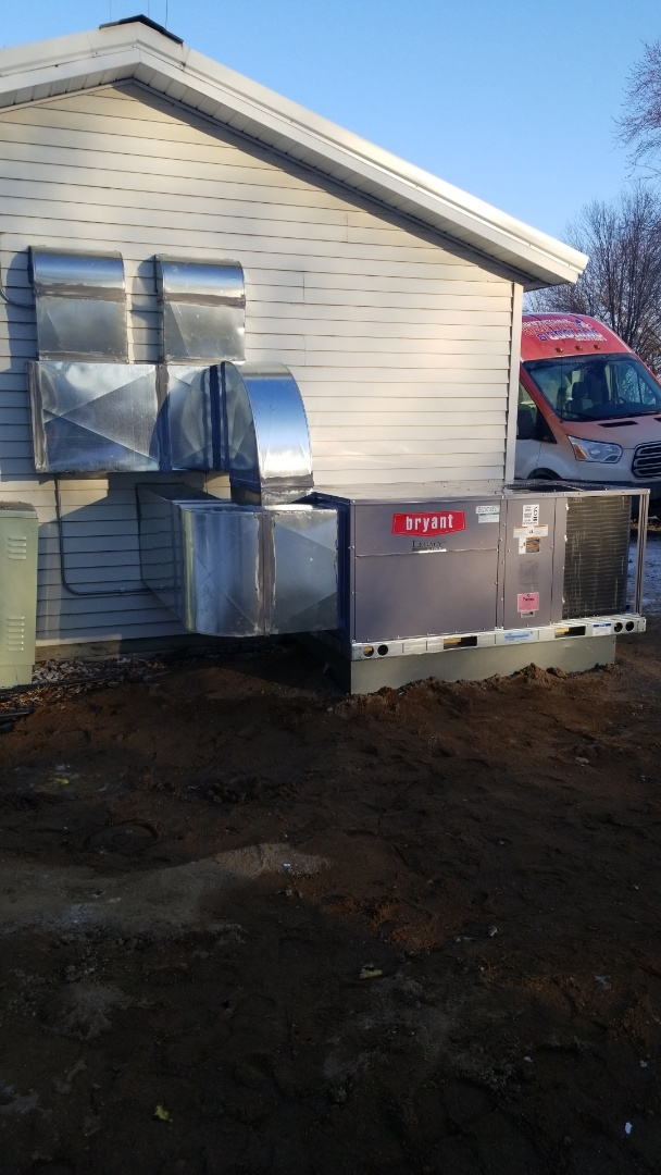 Hutchinson, MN - Commercial Installation Bryant unit in Hutchinson Minnesota #