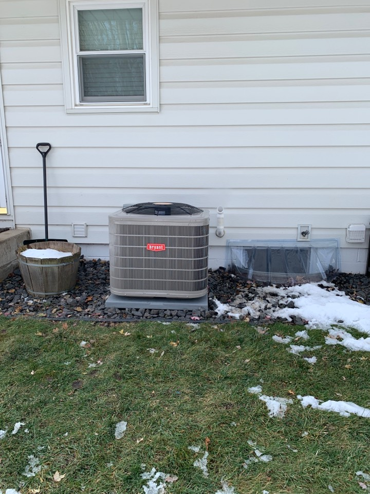 Plymouth, MN - Installed Bryant preferred series A/C and furnace in Plymouth Minnesota