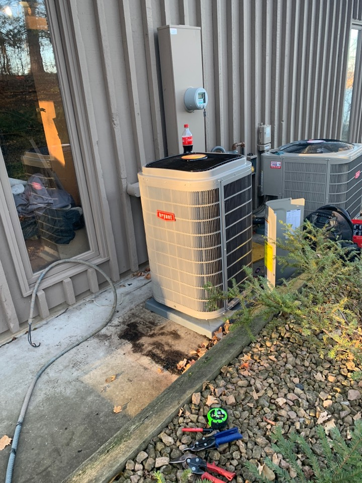 Excelsior, MN - Install new Bryant furnace and air conditioner with connex thermostat in excelsior man