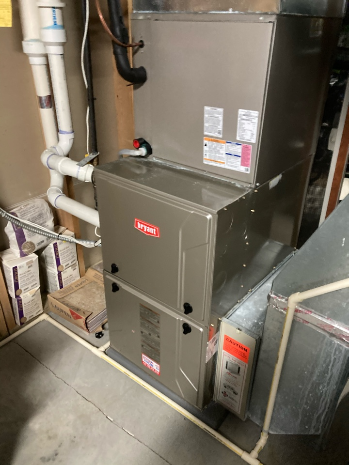 Long Lake, MN - Performed a maintenance on a Bryant furnace in Long Lake