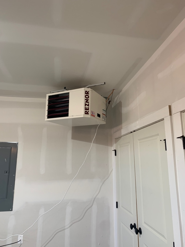 Minnetrista, MN - Install new reznor garage heater in maple plain MN - will be back tomorrow to finish